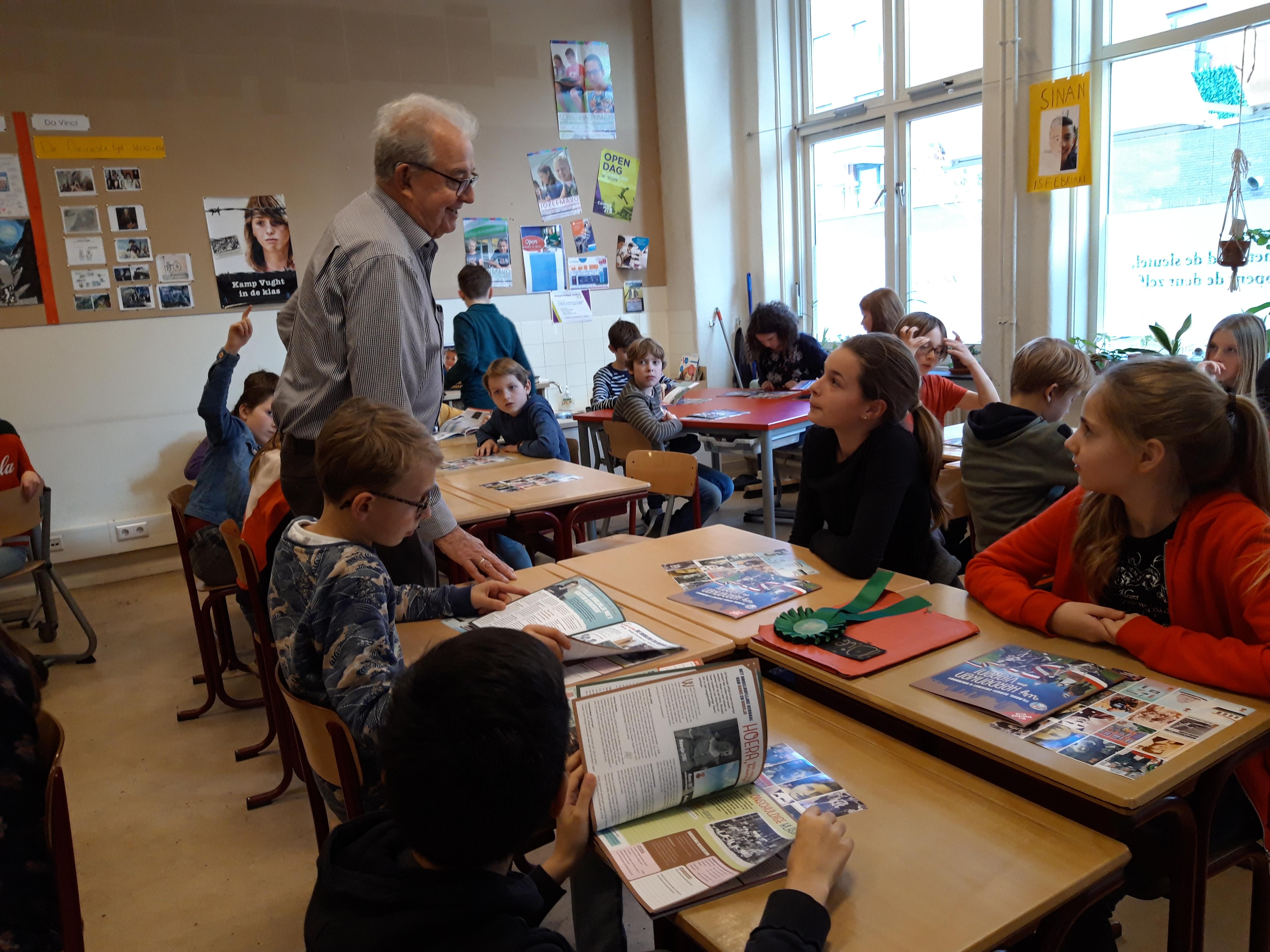 20190211_Aart in de klas - Wij Herdenken en Vieren
