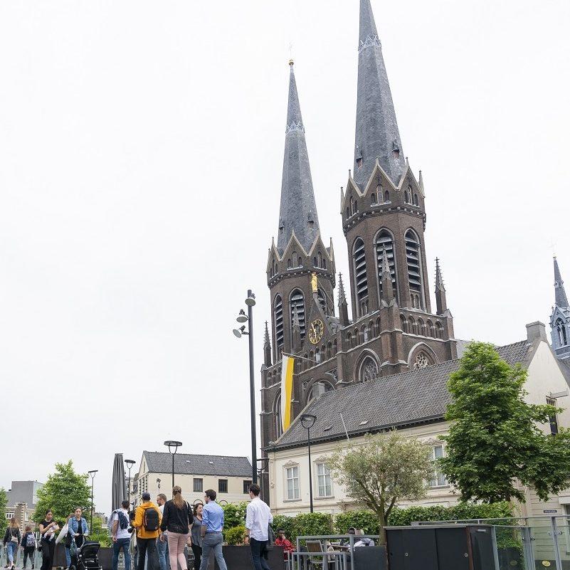Stadsgidserij Foto Visit Brabant staand